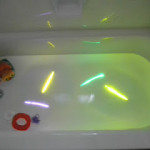 Get Kids Excited for Bath Time! Glow In The Dark Bath!