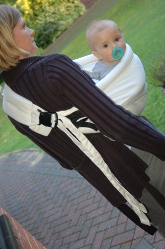 c5f8fa82008 TheBabaSling baby carrier by Joovy - Review - Oh So Savvy Mom