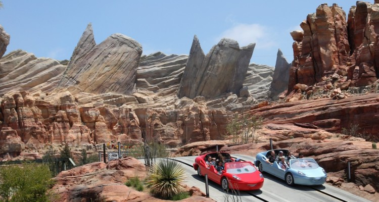 Disneyland with Kids and Babies? These 10 Helpful tips will make your visit truly MAGICAL!