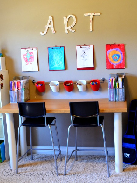 Amazing DIY Kids Art Wall