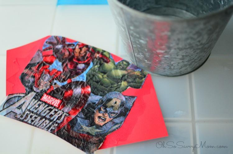 Decoupage Avengers Easter Basket
