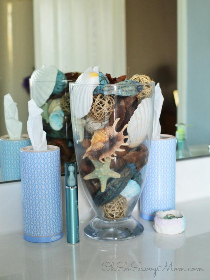 Seaside bathroom decor
