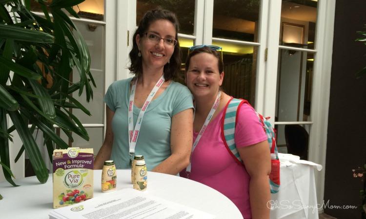 Oh So Savvy Mom and Sensibly Sara at iRetreat blogging conference