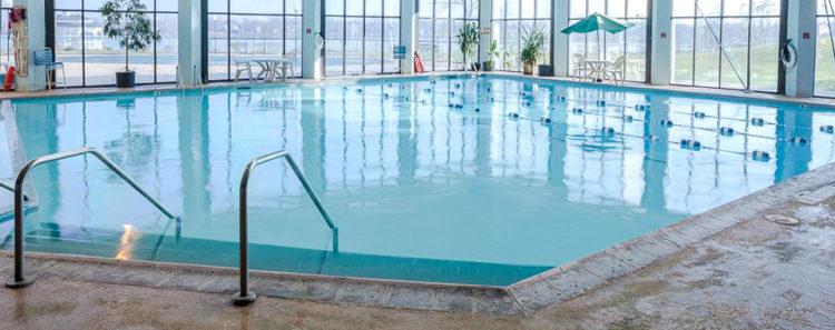 Radisson Hotel Niagara Falls-Grand Island Hotel Pool