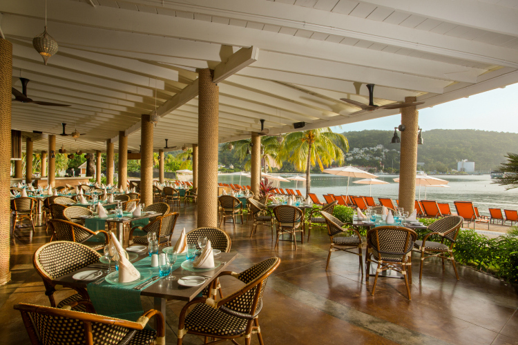 Pier 8 Restaurant at Moon Palace Jamaica